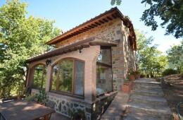 Casale in pietra con terreno Monticello Amiata